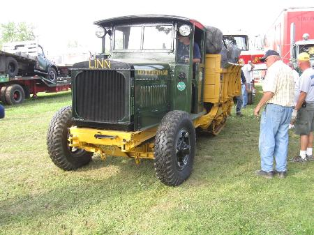 http://forums.justoldtrucks.com/Uploads/Images/001b6b75-576c-4df3-bbb2-d888.jpg