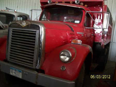 http://forums.justoldtrucks.com/Uploads/Images/07119ead-c153-442c-a5fd-d10a.JPG