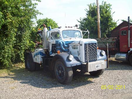http://forums.justoldtrucks.com/Uploads/Images/0856d7fa-037b-4928-aacc-ebca.jpg