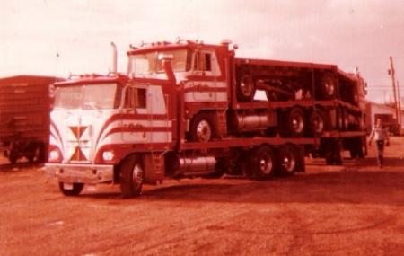http://forums.justoldtrucks.com/Uploads/Images/0e3b12a4-1112-4cfb-9a24-7ab5.jpg