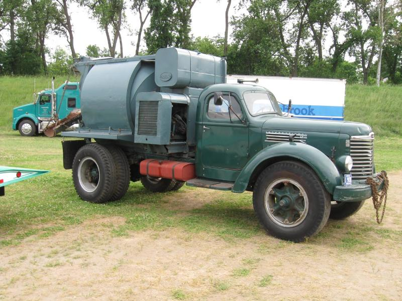 http://forums.justoldtrucks.com/Uploads/Images/0f6bce03-5571-4501-a56f-7285.jpg