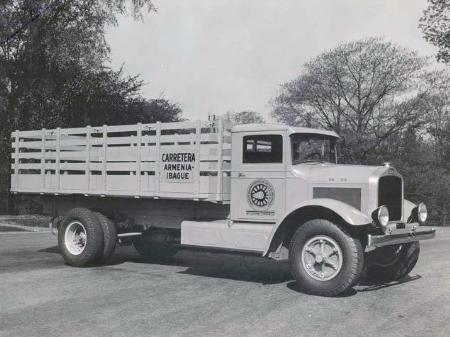 http://forums.justoldtrucks.com/Uploads/Images/10c8b3ad-e190-472f-b632-b467.jpg