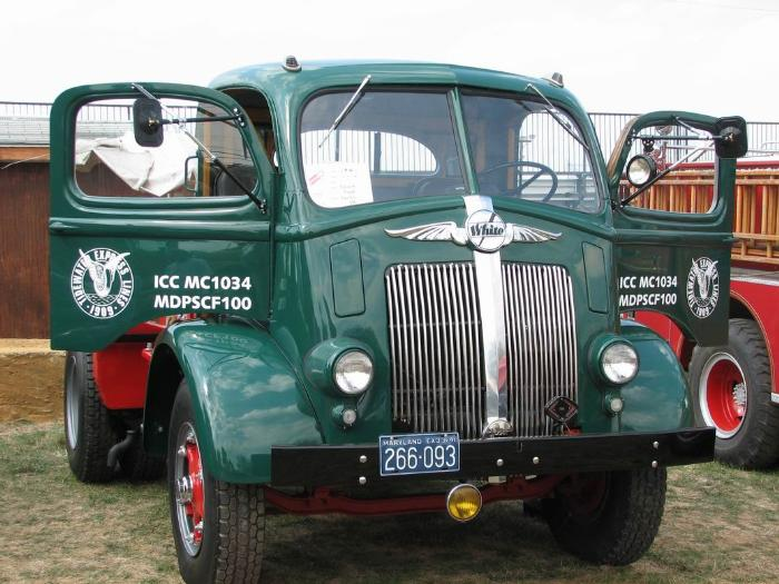 http://forums.justoldtrucks.com/Uploads/Images/16f906f7-56fa-48e4-bfb1-a9d6.jpg