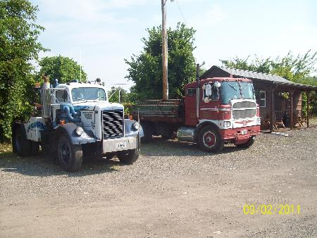 http://forums.justoldtrucks.com/Uploads/Images/1be8bcf4-7ff2-4503-b677-7395.jpg