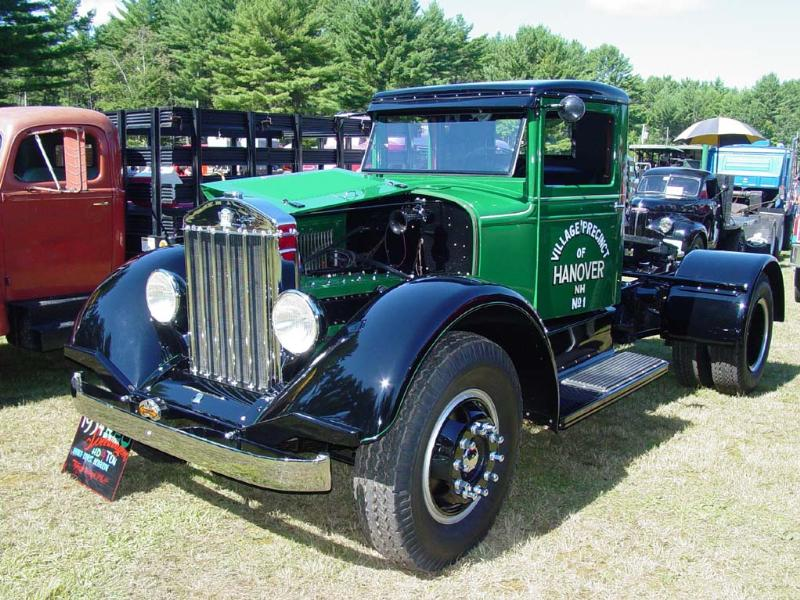 http://forums.justoldtrucks.com/Uploads/Images/1cad0117-2a34-407a-a703-e2ad.jpg