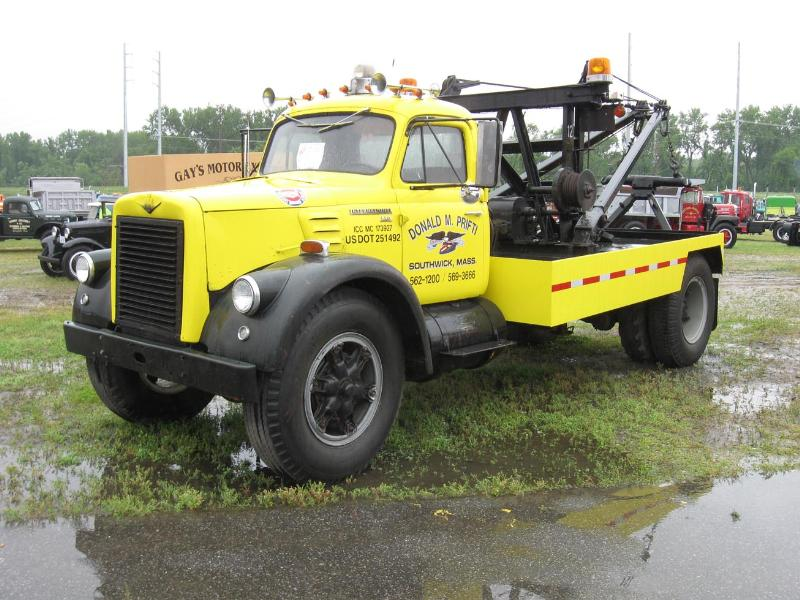http://forums.justoldtrucks.com/Uploads/Images/29a36858-770b-4e7f-846d-168a.jpg