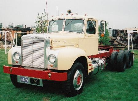 http://forums.justoldtrucks.com/Uploads/Images/2d0b482d-4e69-49a0-bad8-3fc4.jpg