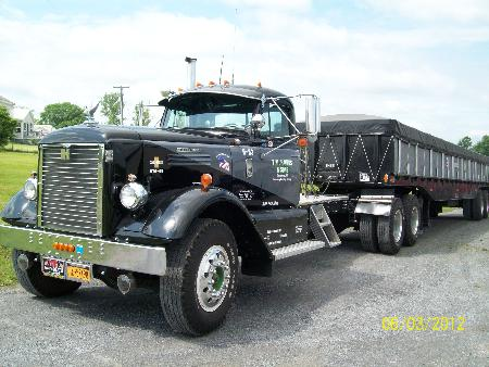 http://forums.justoldtrucks.com/Uploads/Images/2e570c32-0e70-4ac3-b3aa-f2db.JPG