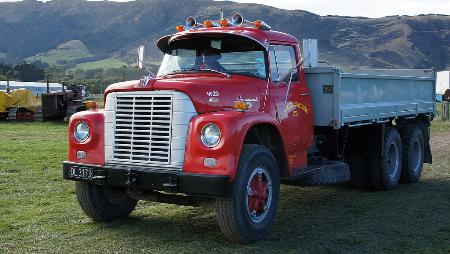 http://forums.justoldtrucks.com/Uploads/Images/2ed1dedc-84de-41a6-bb83-b0db.jpg