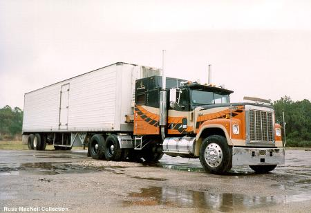 http://forums.justoldtrucks.com/Uploads/Images/2f7928db-c674-481f-8ea6-3a94.jpg
