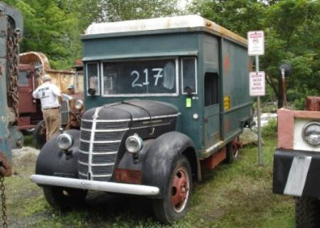 http://forums.justoldtrucks.com/Uploads/Images/36cd1519-e8d5-46ff-8521-5d5a.jpg