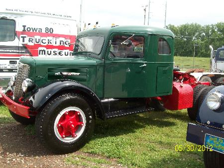 http://forums.justoldtrucks.com/Uploads/Images/41040f93-45e5-4a1c-94db-8511.JPG
