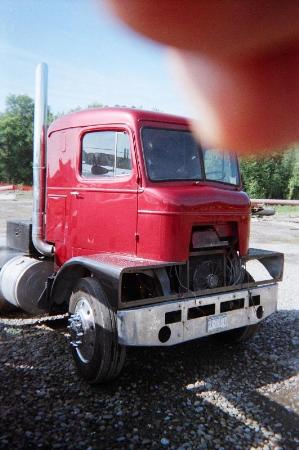 http://forums.justoldtrucks.com/Uploads/Images/42d93b43-1db9-445c-970f-9fb7.jpg