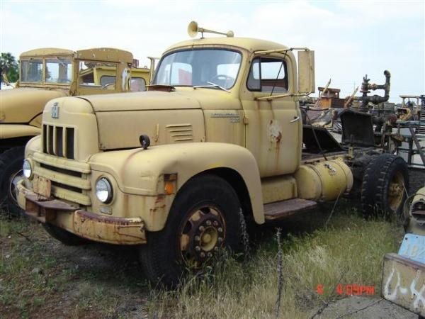 http://forums.justoldtrucks.com/Uploads/Images/42f3afa9-a0d0-4173-a124-3230.jpg