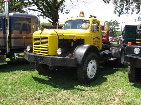 http://forums.justoldtrucks.com/Uploads/Images/458fdf4b-a672-434d-a4b6-859c.jpg