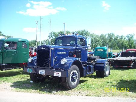 http://forums.justoldtrucks.com/Uploads/Images/4db43811-f156-4661-888b-e4b3.jpg