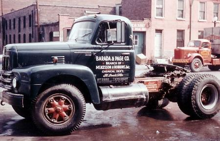 http://forums.justoldtrucks.com/Uploads/Images/5060f1f9-3c8b-4861-9cde-7e44.jpg
