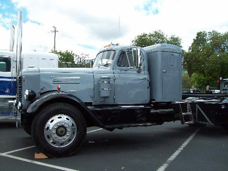 http://forums.justoldtrucks.com/Uploads/Images/54960aa8-fb9b-4b8b-94d1-a037.jpg