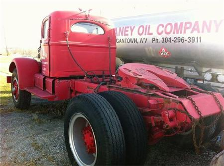 http://forums.justoldtrucks.com/Uploads/Images/54f23e6e-5fa2-44b9-8d4c-031f.jpg