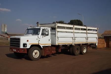 http://forums.justoldtrucks.com/Uploads/Images/5f685c59-28d4-4345-a2d5-474a.jpg