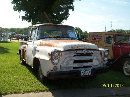 http://forums.justoldtrucks.com/Uploads/Images/701562af-7bb6-4d36-8a30-a62c.JPG