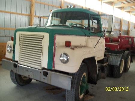 http://forums.justoldtrucks.com/Uploads/Images/7282a530-6d0d-4afe-a070-a5dc.JPG