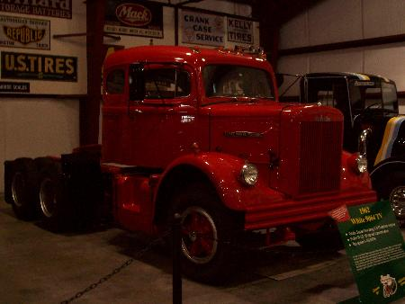 http://forums.justoldtrucks.com/Uploads/Images/72edb84f-0016-4a6e-a3b1-4291.jpg