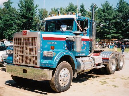 http://forums.justoldtrucks.com/Uploads/Images/77994b3a-3a3a-4ca7-b58a-9c7a.jpg
