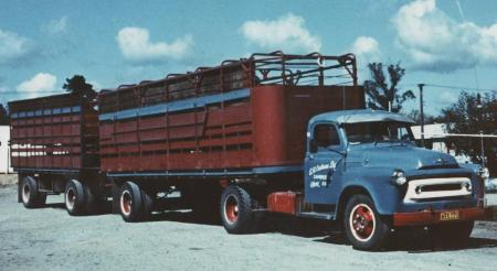 http://forums.justoldtrucks.com/Uploads/Images/7c649c27-256c-44f2-b7aa-1e61.JPG