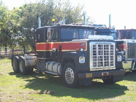 http://forums.justoldtrucks.com/Uploads/Images/82443d6d-e2f7-4392-bda7-acaa.jpg
