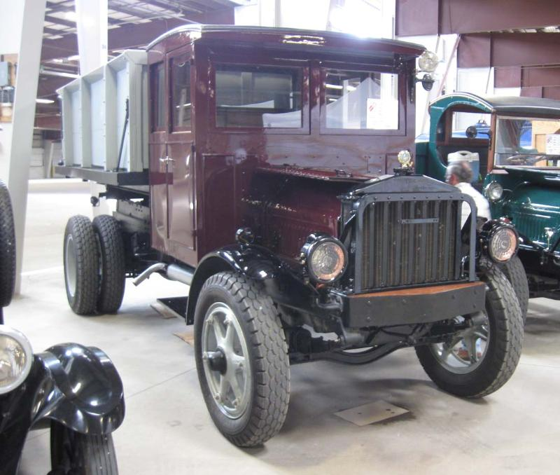 http://forums.justoldtrucks.com/Uploads/Images/8a752aa3-21f8-4fda-adb6-2692.jpg