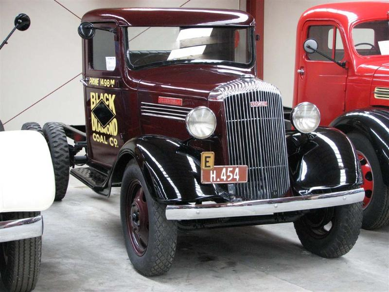 http://forums.justoldtrucks.com/Uploads/Images/8c6cde3e-00a7-4ab0-93fa-6bb2.jpg