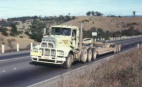 http://forums.justoldtrucks.com/Uploads/Images/8daecbbe-ced2-43d4-b8c1-98ca.png