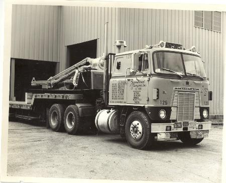 http://forums.justoldtrucks.com/Uploads/Images/a030513b-178f-40d9-88f3-507a.jpg