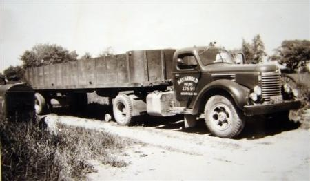http://forums.justoldtrucks.com/Uploads/Images/a1c42d75-957f-4251-ba02-9b39.jpg