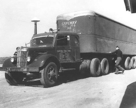 http://forums.justoldtrucks.com/Uploads/Images/a2df5a7f-f598-4e34-91a8-e46e.jpg