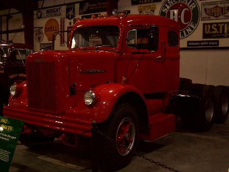 http://forums.justoldtrucks.com/Uploads/Images/afb8df26-ec13-4777-a298-e53a.jpg
