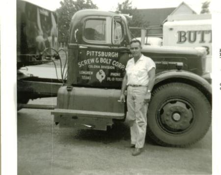 http://forums.justoldtrucks.com/Uploads/Images/b34090f1-d324-49af-b2b5-9263.JPG