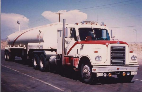 http://forums.justoldtrucks.com/Uploads/Images/c1f6c2f4-9a74-48f4-8d58-f318.jpg