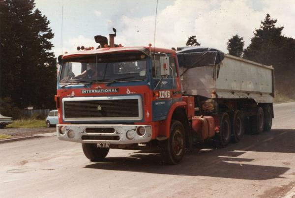 http://forums.justoldtrucks.com/Uploads/Images/cd91f0fc-e345-49da-a2ca-516b.jpg
