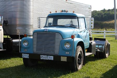 http://forums.justoldtrucks.com/Uploads/Images/cf1b7824-7c5b-4a1e-8008-89d4.jpg