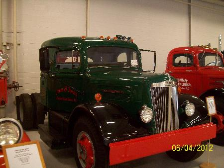 http://forums.justoldtrucks.com/Uploads/Images/e54b9aa3-d8b8-4924-9239-c7af.jpg