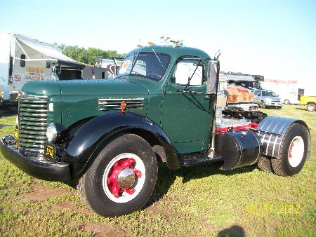 http://forums.justoldtrucks.com/Uploads/Images/e9173dc9-07c3-49f9-9d99-65e8.JPG