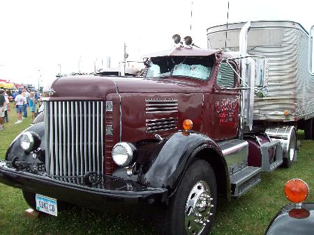 http://forums.justoldtrucks.com/Uploads/Images/eab2283e-0863-4fcb-87c6-faf2.jpg