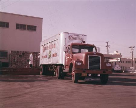 http://forums.justoldtrucks.com/Uploads/Images/eee56964-5c42-42a1-a0ba-19ce.jpg