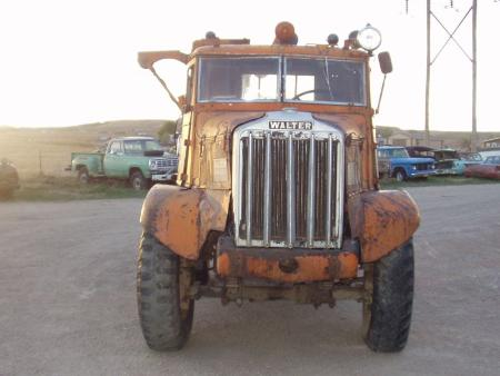 http://forums.justoldtrucks.com/Uploads/Images/ef0bbed8-aa80-48e5-8a2f-e433.jpg