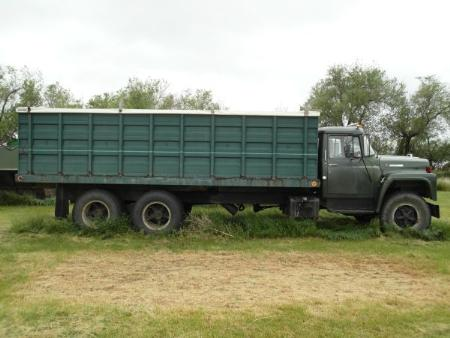 http://forums.justoldtrucks.com/Uploads/Images/fbfb55e9-b399-4ab9-aa0e-9315.jpg