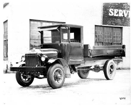 http://forums.justoldtrucks.com/uploads/images/00305714-e1a6-4457-917e-566b.jpg