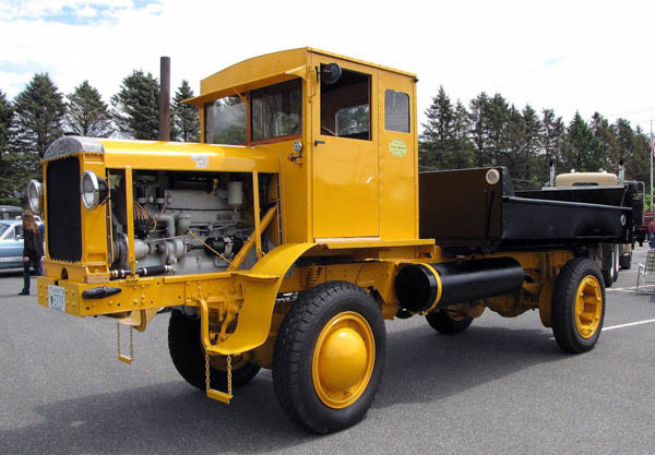 http://forums.justoldtrucks.com/uploads/images/03de844e-ba8e-40e3-8679-ae09.jpg