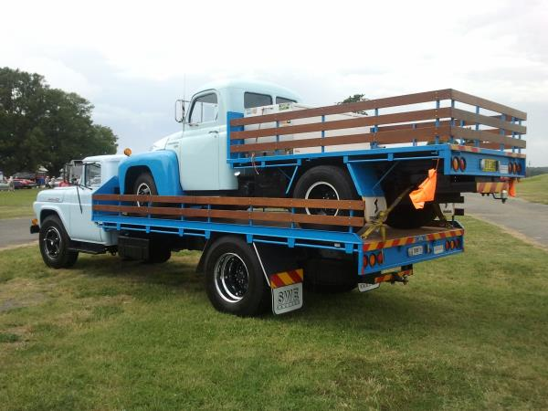 http://forums.justoldtrucks.com/uploads/images/063f12f4-6998-408d-9034-b164.jpg